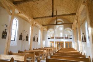 Vue vers l'arrière de la chapelle